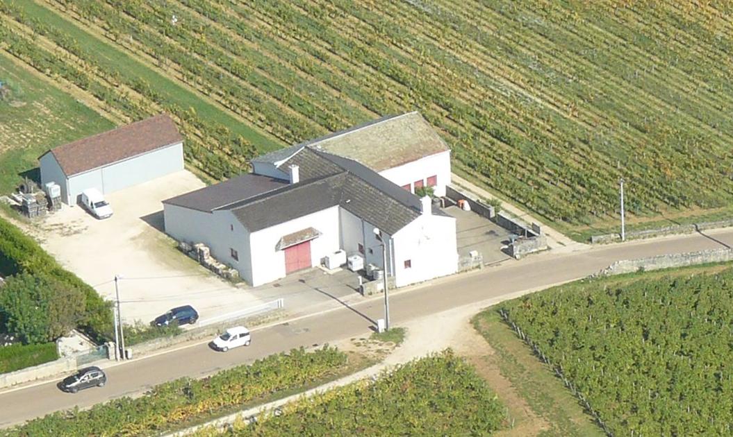 Vue aérienne des bâtiments d'exploitation en 2017 Photo réalisée avec la contribution aérienne de Jean Wiacek